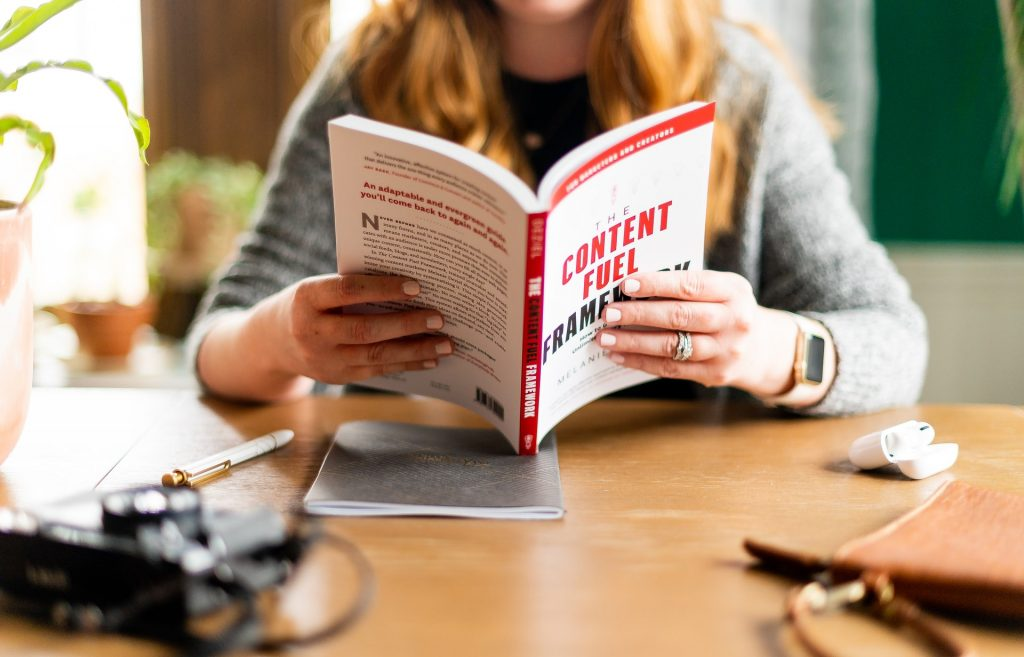 Read and Write More: Expert Writing Strategies to Improve Communication