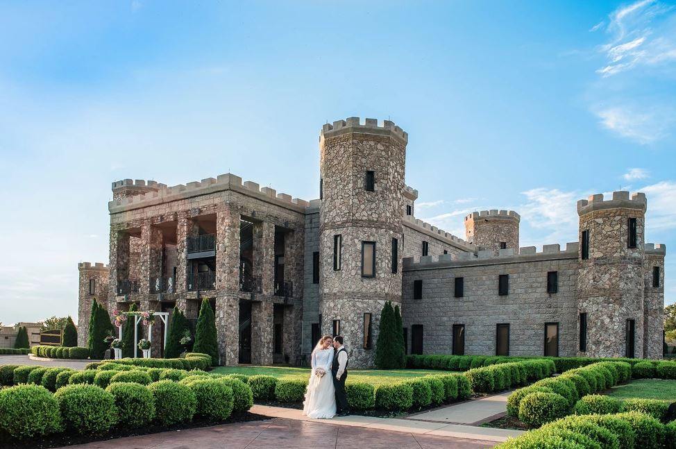 The Kentucky Castle:  The Ultimate Kentucky Summer Bucket list for your perfect holiday