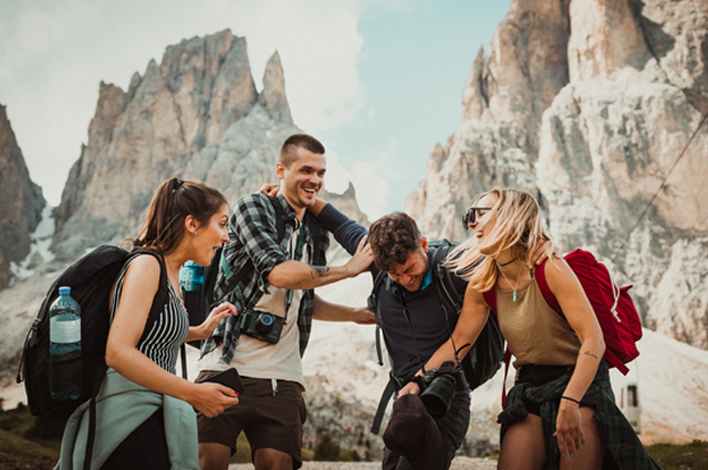 7 Strategies to Survive Group Travel