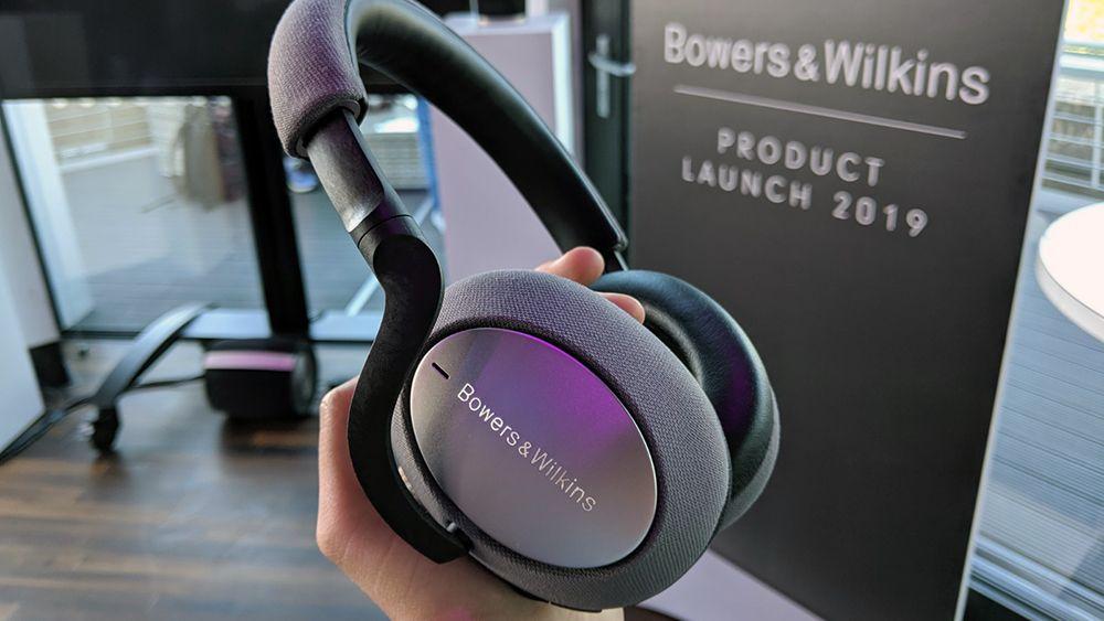 7 Premium Headphones For Music: Bowers & Wilkins PX7