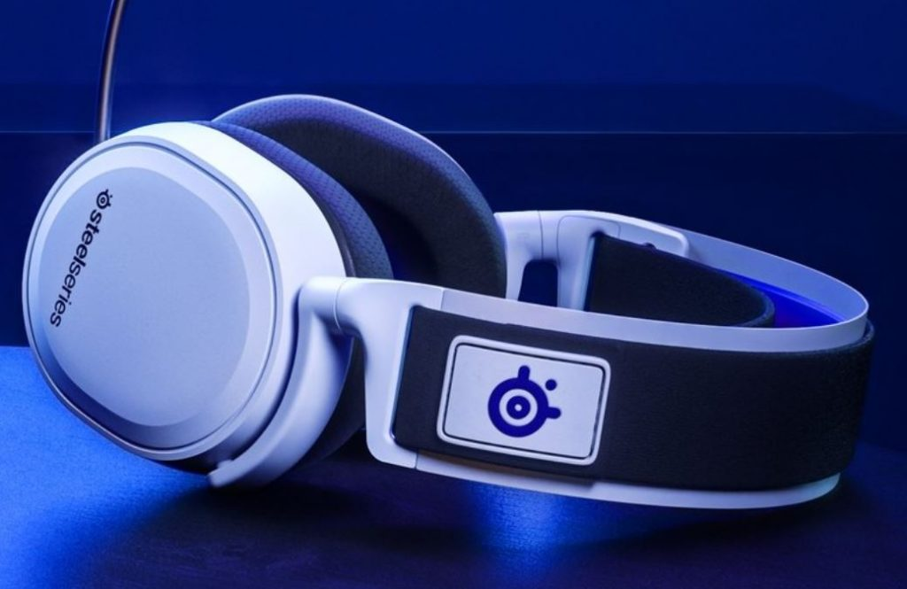 SteelSeries Arctis 7P: Best Over the ear headphone for gaming