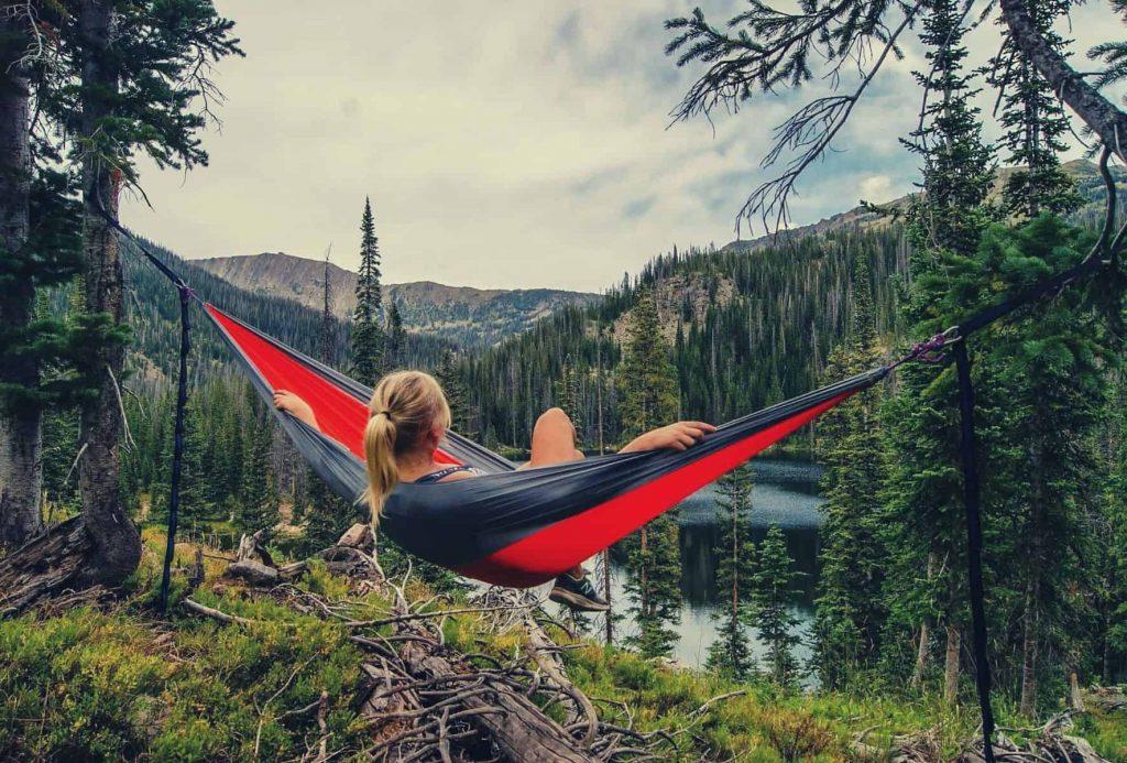 Backpack Hammocks: Best Gifts for Outdoorsy Women