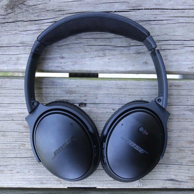 Must - Have Headphones for Watching Movies: Bose QuietComfort 35 II