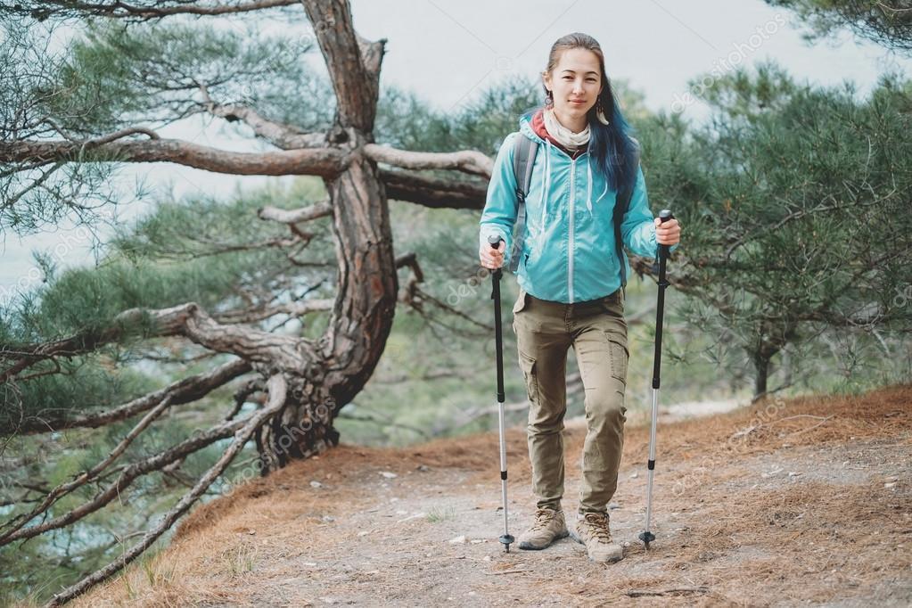 Women's Trekking Poles: Best Gifts for Outdoorsy Women