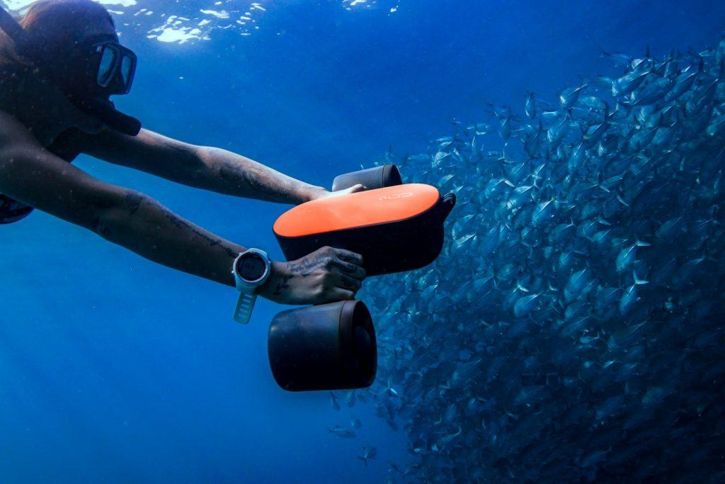 Geneinno S1 Integrated Underwater Scooter: Best Summer Gadget for 2021