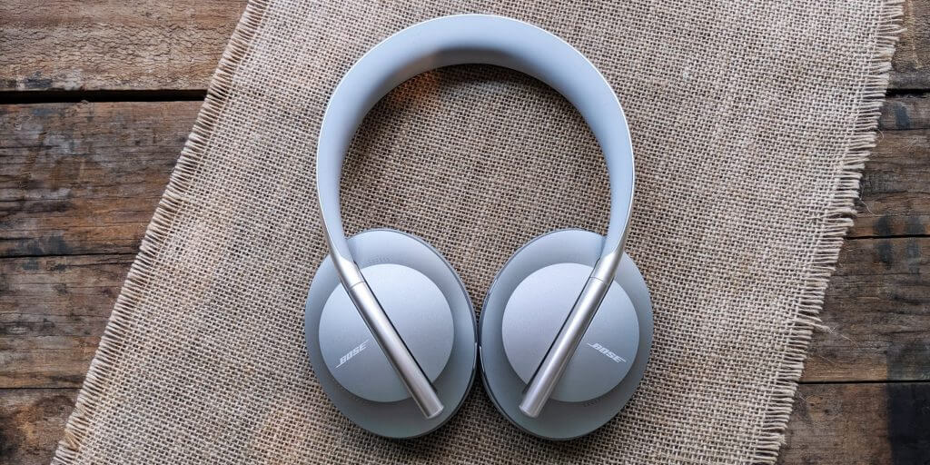 Must - Have Headphones for Watching Movies: Bose Noise Cancelling Headphones 700