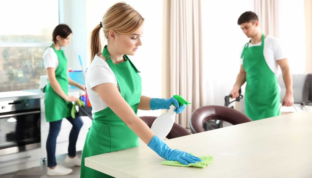 Rubber Gloves: Best Cleaning Tools