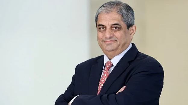 Aditya Puri; Richest Indian-origin CEOs in the World