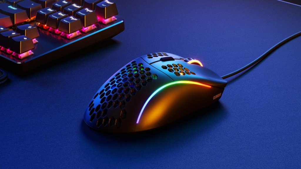 How to Build Your Own Gaming Laptop | Heavy Gaming Essentials: Gaming Mouse