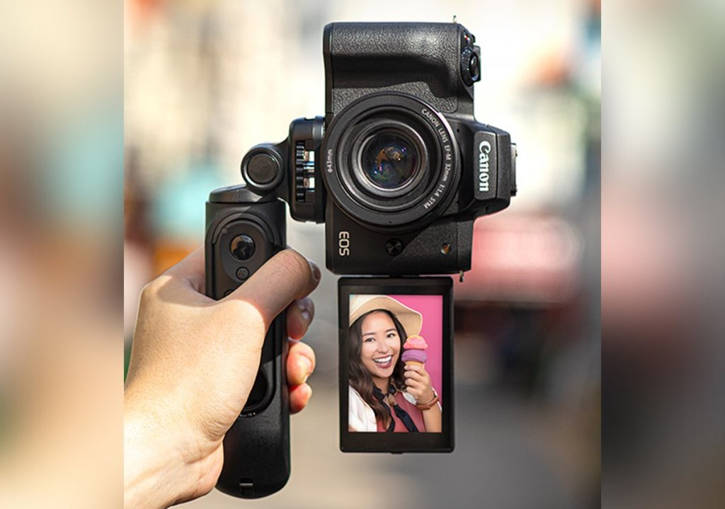 7 best cameras for Vlogging and Streaming under $1000: Canon EOS M50 Mark II