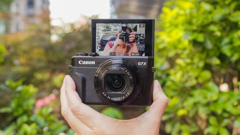 7 Great Cameras for Vlogging and Streaming: Canon Powershot G7 X Mark II