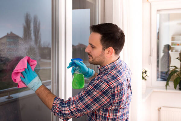 Spray Bottle: Best Cleaning Tools