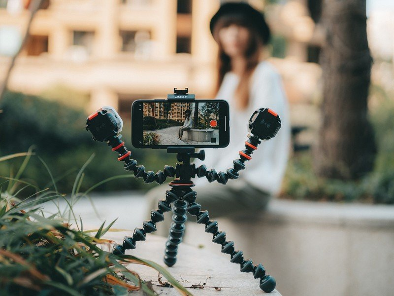 How to Start Vlogging with Android Phone: Tripod