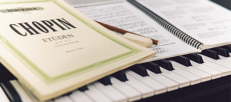 How You Can Assist Your Child's Learning with the Right Piano?