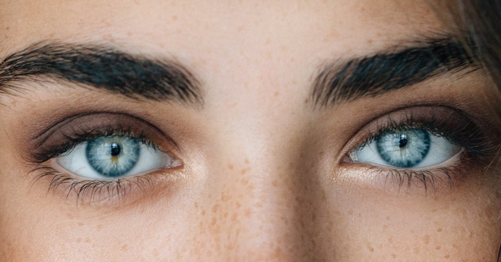 Facts about grey eyes