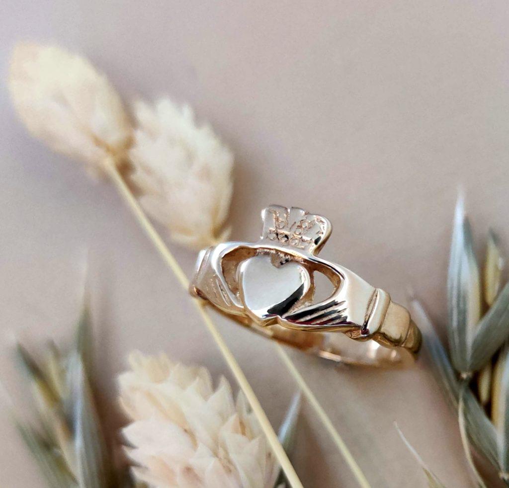 Meaningful Irish Wedding Traditions & Customs (2021)
