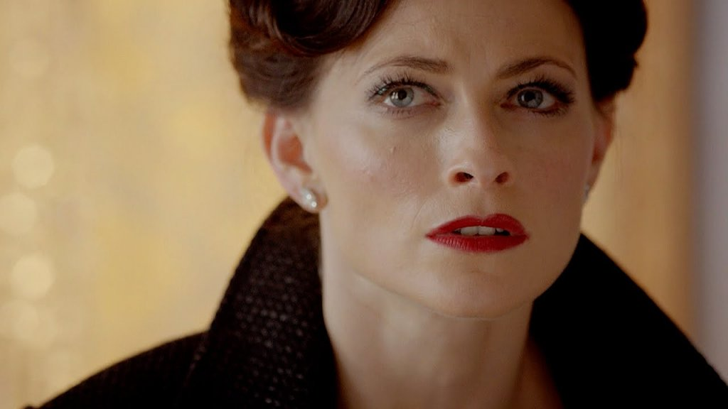 Irene Adler-Sherlock; Bad Things About Blue Eyes; 11 Facts About Blue Eyes That Will Stun You