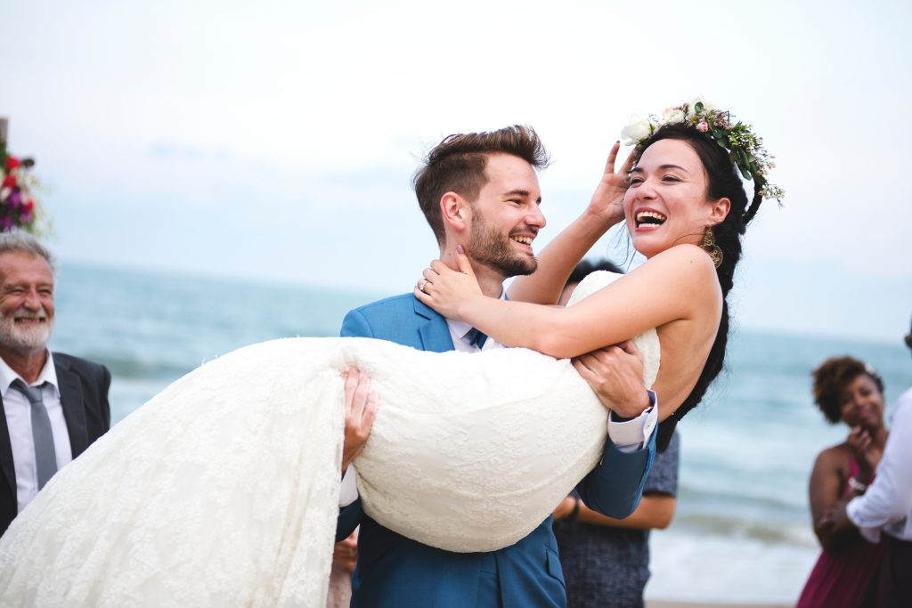 The Threshold Carry: Incredible American Wedding Traditions to follow