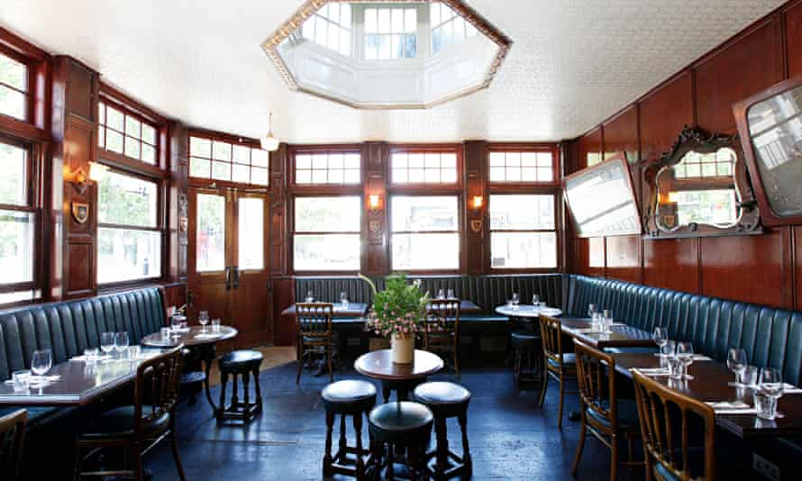 Top 10 Pubs in UK To Visit Atleast Once In Your Lifetime