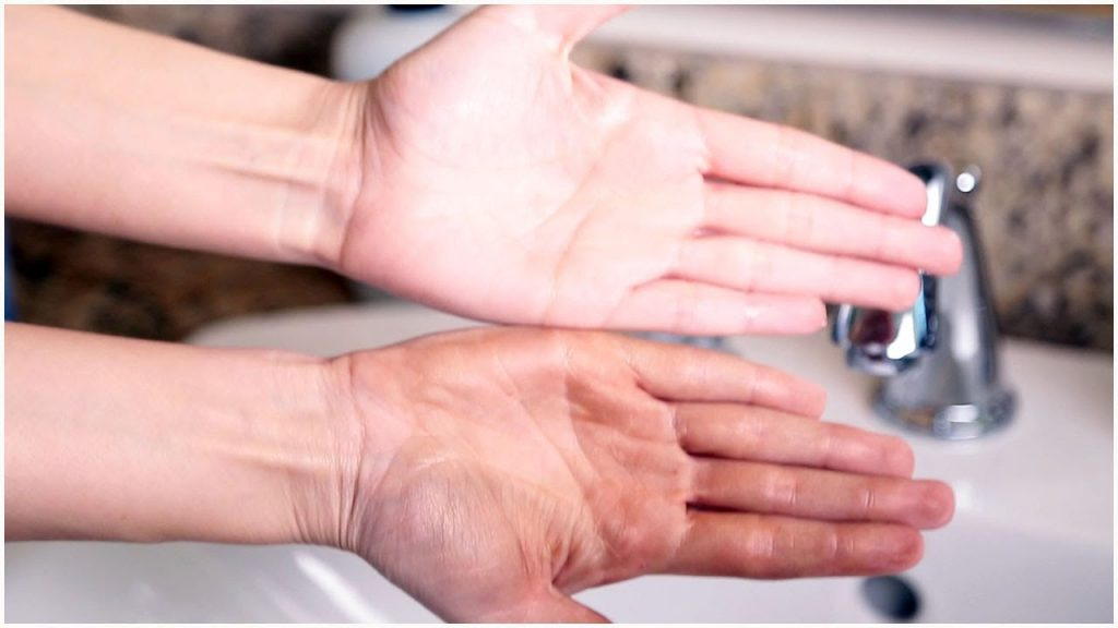How To Get Self Tanner Off Your Hands | Quickly Get Rid of That Fake Tan
