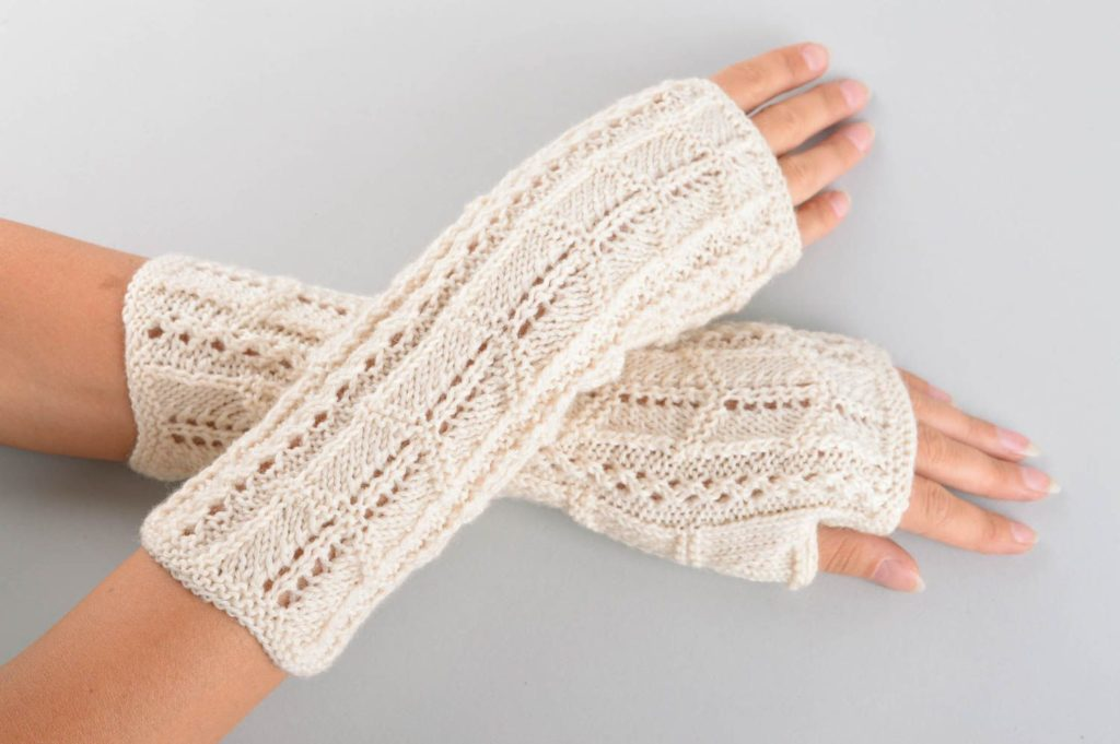 Woolen Handmade gloves